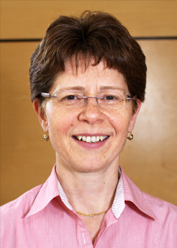 Professor Katalin Hudak headshot